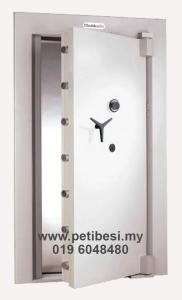 2'-Strongroom-Door