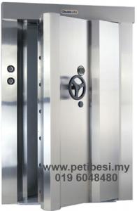 4-inch-Voult-Doors
